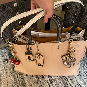 😱😍 gorgeous coach rogue 39 with wallet